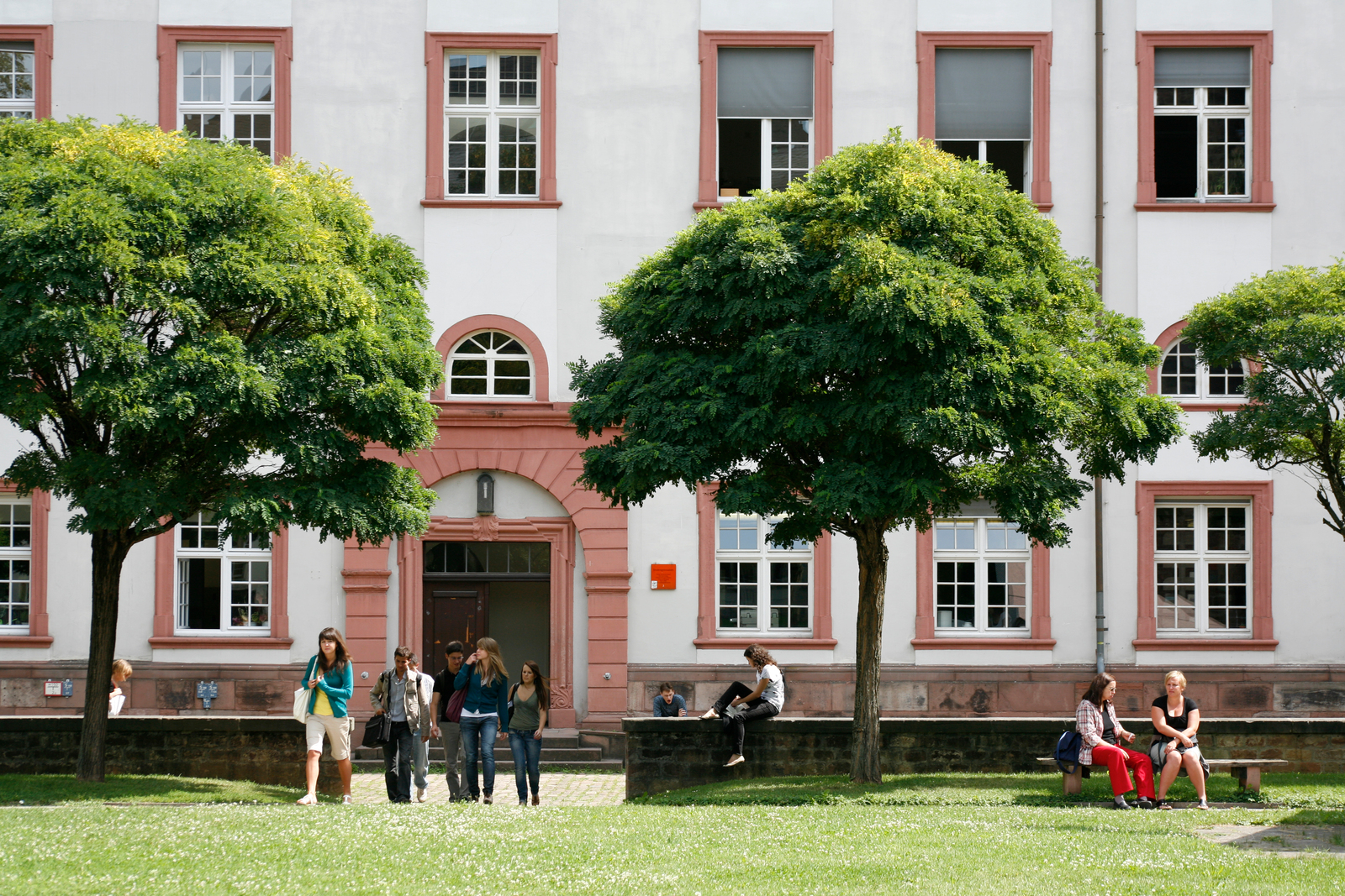 """An der Ruprecht-Karls-Universität in Heidelberg wird zum Wintersemester 2012 die erste deutsche Professur für """"Angewandte Geschichtswissenschaft – Public History"""" eingerichtet.(c) Universität Heidelberg - Kommunikation und Marketing"""